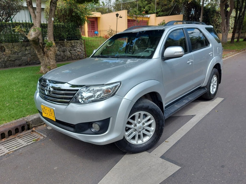 Toyota Fortuner At 2.7 4x4 7 Pts