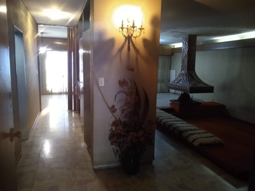 Casa En Venta De 3 Dormitorios, En Morcillo 2050 B° Maipu