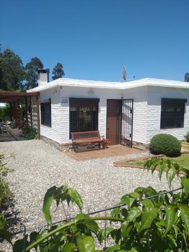 Casa De Dos Dormitorios ,cocina Comedor , Barbacoa Cerrada