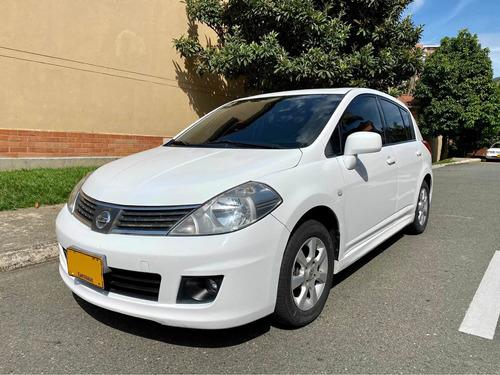 Nissan Tiida 2010 1.8 Premium 5 P