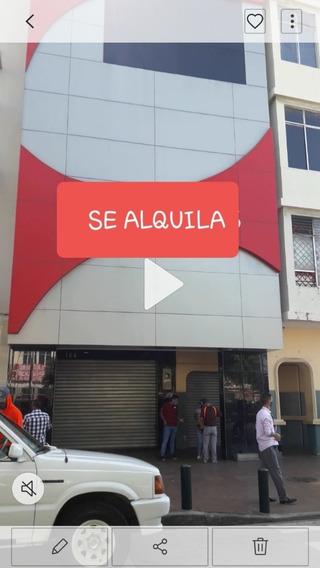 Se Alquila Edificio Esquina De Malecón