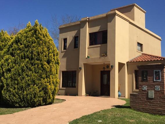 Casa En Venta Barrio Cerrado Moreno