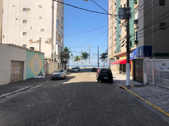 Kitnet Com 1 Dormitório À Venda, 32 M² Por R$ 106.000 - Vila Guilhermina - Praia Grande/sp - Kn0018
