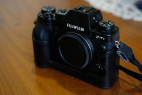 Câmera Fuji Xt-1 Preta + Half Case Original Fuji