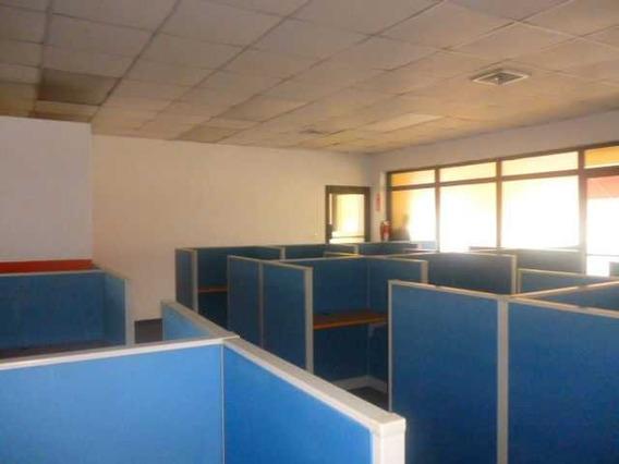 Local Listo Para Call Center Con 95 Posiciones, En Naco