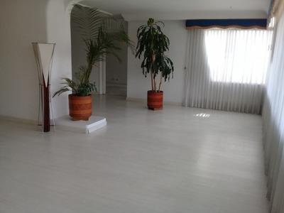 Apartamento En Arriendo Chico Alto 90-58959