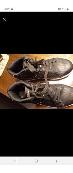 Zapatillas De Cuero Negras Diadora