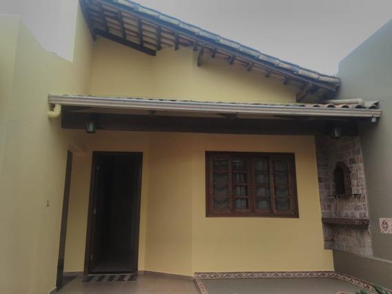 Casa Com 3 Quartos Para Comprar No Manoel Valinhas Em Divinópolis/mg - 4900