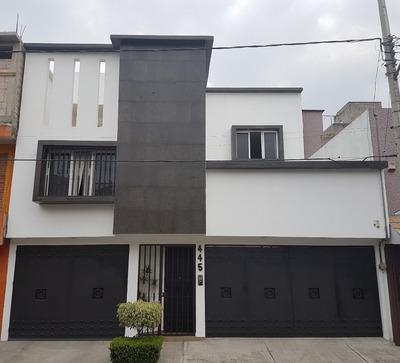 Hermosa Casa Recien Remodelada Con 4 Recamaras