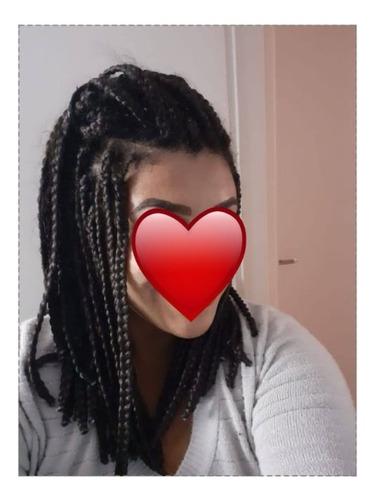 Imagem 1 de 4 de Trança Chanel Box Braids