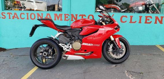 Ducati 1199 Panigale Vermelha Esportiva