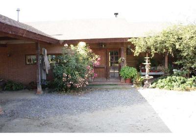 Preciosa Y Cómoda Casa En Colmo, Con Amplio Terreno,
