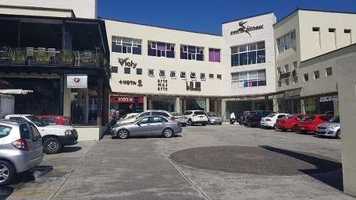 Local En Renta En Xalapa Veracruz Plaza Araucarias Con Doble Altura Y Mezanine