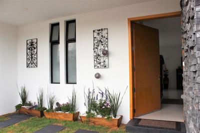 Hermosa Casa Con Vista Espectacular