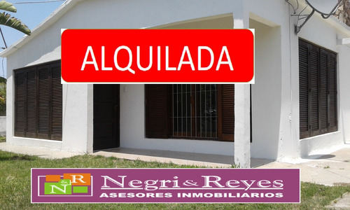 ** Alquilada ** Casa En Alquiler Playa Pascual