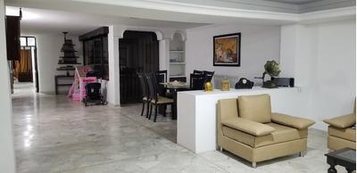 Apartamento En El Sur, Delujo Con Ascensor Y Garage Privado