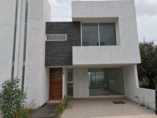 Imagen 1 de 13 de Estrena Casa Con Roof Garden Y 3 Recámaras. Venta - El Mirador