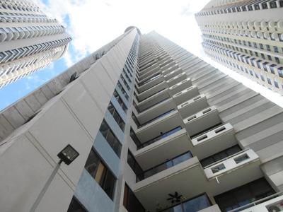 17-6533ml Amplio Apartamento En Zona De San Francico!