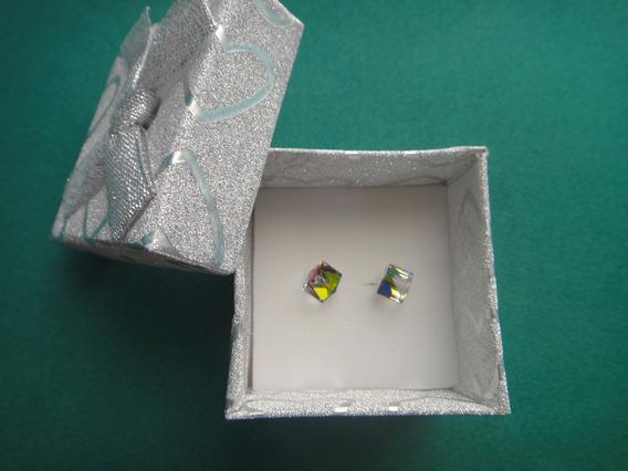 Aretes Broquel Dama Cuadrado 3d Arcoiris En Plata 925 Crista