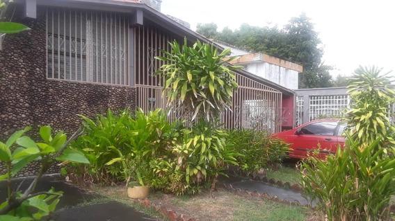 Casa En Venta Acarigua Centro 20-8135 Mym