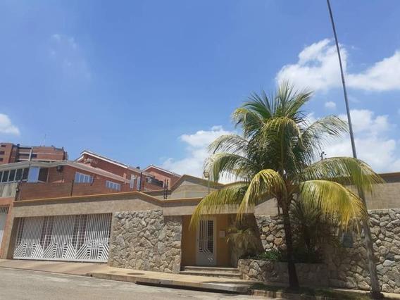 En Venta Casa En Altos De Guataparo