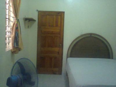 Habitación Amueblada, Cerca Clínica Abreu