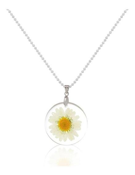 Hermoso Collar Natural Flor Encapsulada Blanca, Detalle