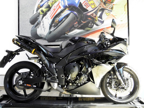 Yamaha Yzf R1 2013 Preta