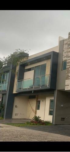 Excelente Residencia En Venta En Solares Con Roof Garden Y Acabados Premium
