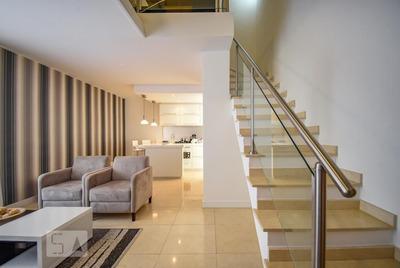 Apartamento No 5º Andar Mobiliado Com 1 Dormitório E 2 Garagens - Id: 892933848 - 233848