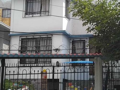 Imagen 1 de 10 de Casa En Venta En Cumbres Del Valle, Tlalnepantla, México