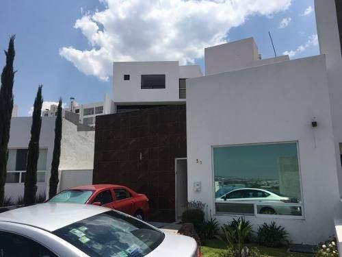 Preciosa Casa De Una Planta En Punta Esmeralda, 2 Recámaras