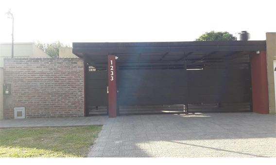 Casa En Venta En Calle 505 Entre 7 Y 8, Ringuelet.