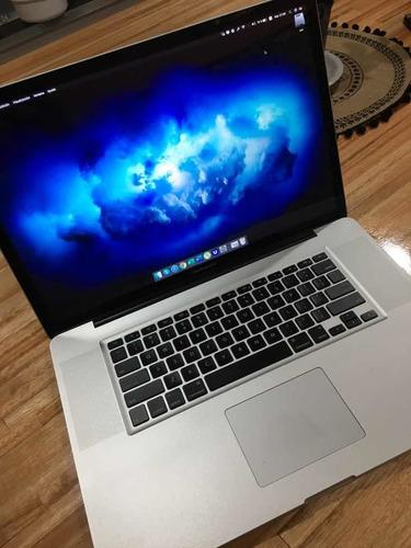 Macbook Pro 17 Pulgadas 8gb Ram Ssd 240 Gb Más Regalos