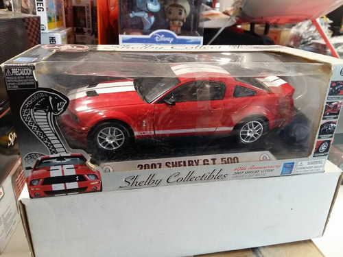 Shelby Collectibles Cobra 2007 Shelby Gt 500 1:18 Rojo