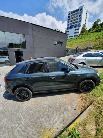 Audi Q3 Sport Line Competition 2.0 Turbo