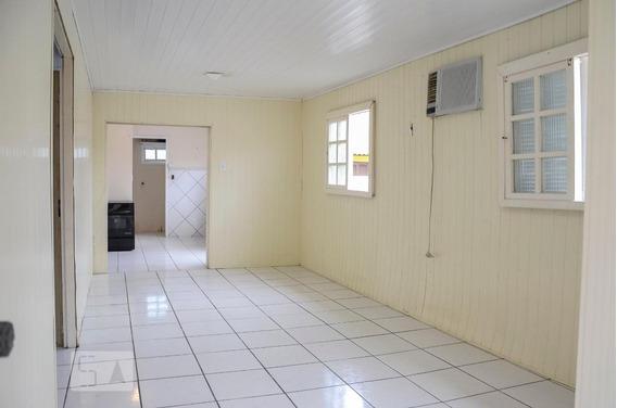 Casa Para Aluguel - Nossa Sra Das Graças, 3 Quartos, 72 - 893015333