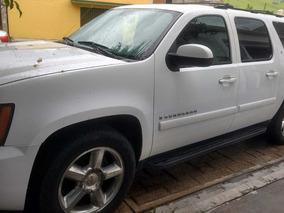 Chevrolet Suburban 5.3 Paq B Mt