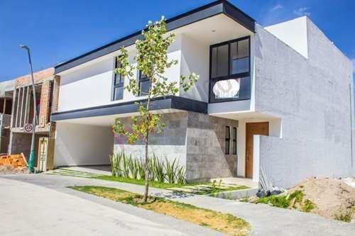 Casa En Venta Privada Villandares, Seguridad 24/7. $7,200,000.00