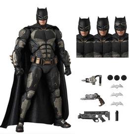 Batman Tatico Tactical Mafex Liga Justiça Justice Boneco