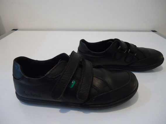 Zapato Escolar Kickers Niño