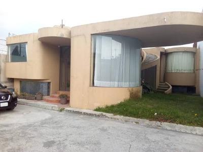Renta De Casa En Privada De 6 Casas, Metepec