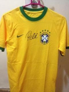 Camiseta Autografada Pelo Pelé Seleção Brasileira