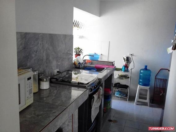 Apartamentos En Venta/auristela R. 04243174616