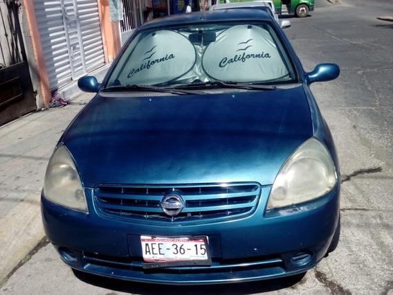 Vendo Nissan Platina 2002