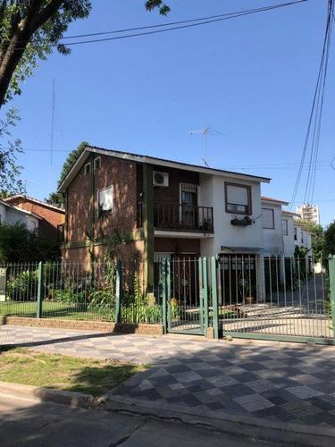 Duplex Monte Grande - Lavalle 564