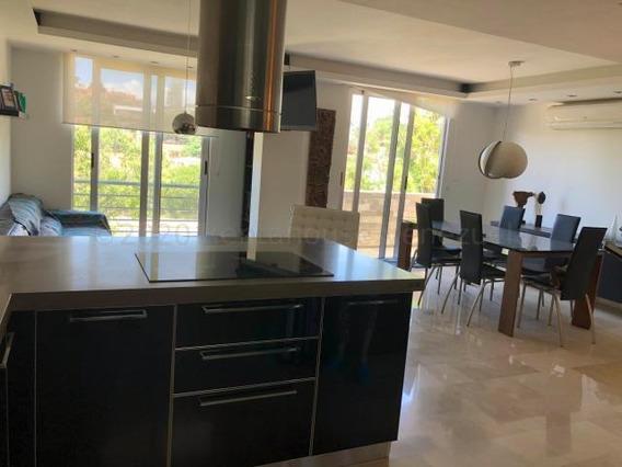 Apartamento En Venta Zona Este De Barquisimeto 20-24314 Jg