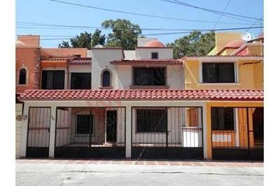 Casa En Renta En Fraccionamiento Esmeralda, Tuxtla Gutiérrez, Chiapas