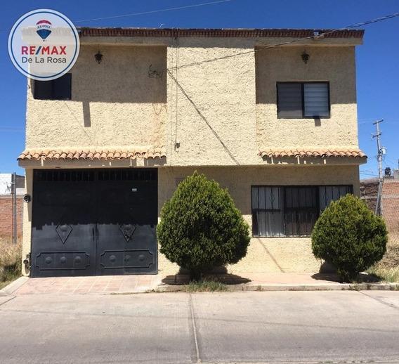 Casa En Renta Fraccionamiento Granja Graciela Con Cochera Techada