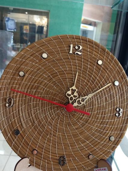 Relógio De Parede, Capim Dourado